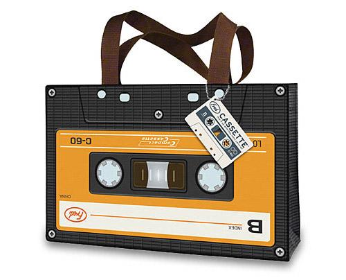 Cinta de casete 50 + mangas Laptop Cool y bolsas que se pueden (en realidad) Comprar
